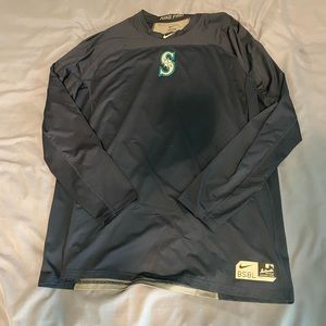 Nike Dri-Fit long sleeved Baseball Shirt